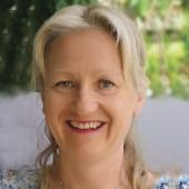 Portrett av forfatter Anne Ellingsen
